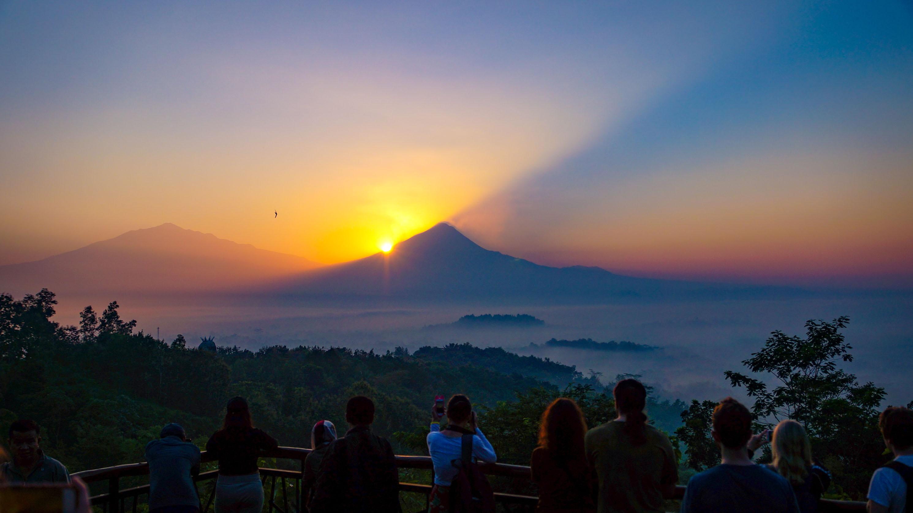Großes Abenteuer mit großen Vulkanen: Merapi und Bromo