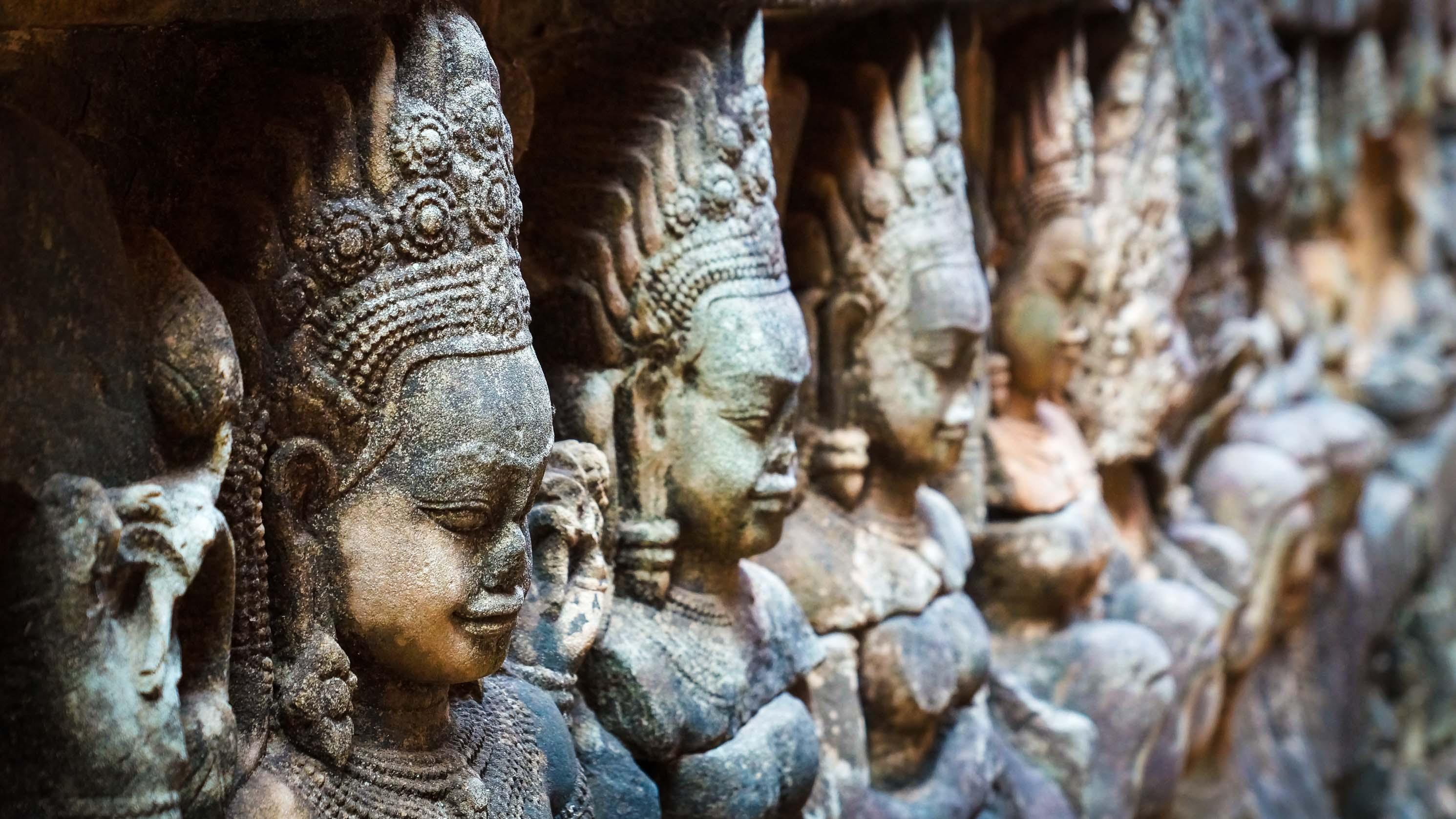 """Wir öffnen die Schublade """"Angkor Wat"""""""
